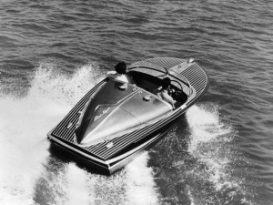 Vintage Chris-Craft and Water Skiing 2