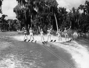 Vintage Chris-Craft and Water Skiing 3