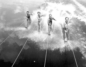 Vintage Chris-Craft and Water Skiing 7